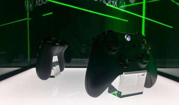 Photo des contrôleurs Xbox