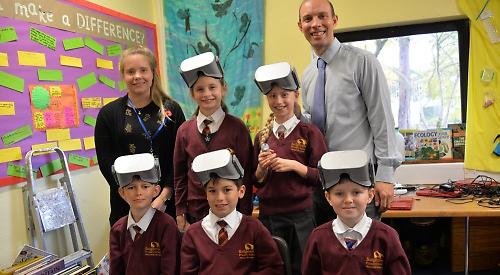 La VR et les élèves de l'école primaire Badgemore à Henley