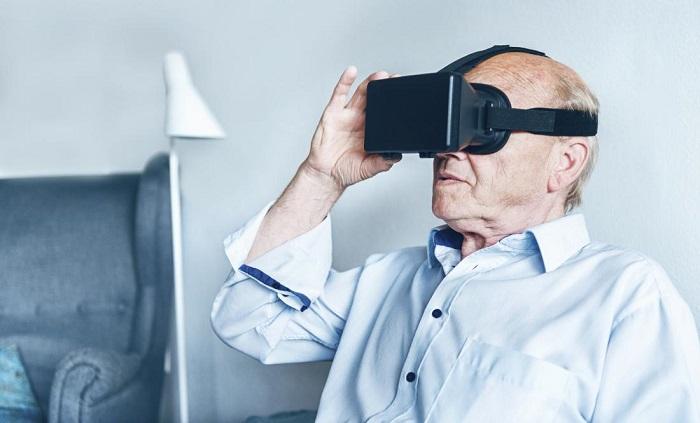 La réalité virtuelle pourrait-elle améliorer la vie des personnes atteintes de démence?
