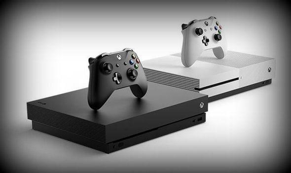 Xbox Scarlett noir et blanc