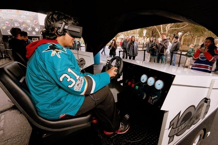 Les fans vivent l'expérience Clear the Ice Zamboni® VR à la NHL